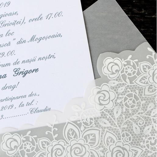 Invitatie de nunta eleganta alba cu calc si fundita 1143 Polen