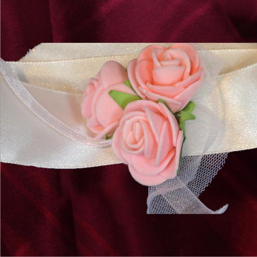 Bratara domnisoara de onoare alba cu flori roz 5