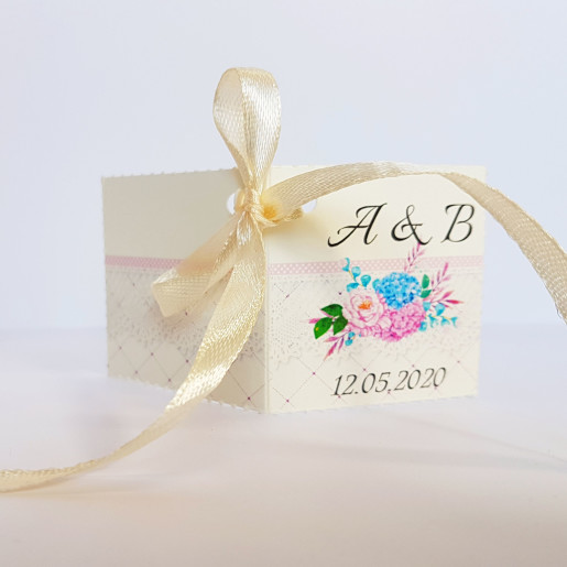 Eticheta - Card dublu perforat crem 86