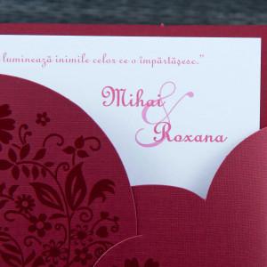 Invitatie de nunta visinie cu semiplic decupat 1099 STYLISH