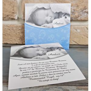 Invitatie de botez eleganta cu bebelus 8033 SEDEF