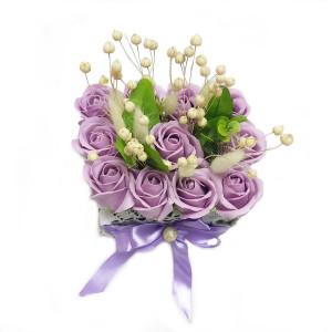 Aranjament Cadou cu Flori de Sapun Parfumate DEC155
