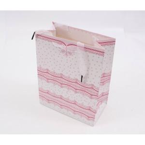 Punga cadouri cartonata 23x18x10 cm cu dantela si sclipici PNG024