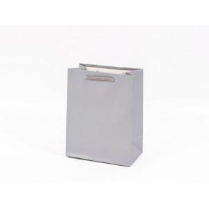 Punga cadouri cartonata 18x14x8 cm argintie PNG055