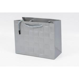 Punga Cadouri Cartonata 18x23x10 cm cu Patratele Argintie PNG101