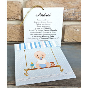 Invitatie de botez albastra cu bebelus si buline 8029 BOTEZ