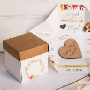 Invitatie 3D tip cutie cu capac si inimioara 39820 EMMA