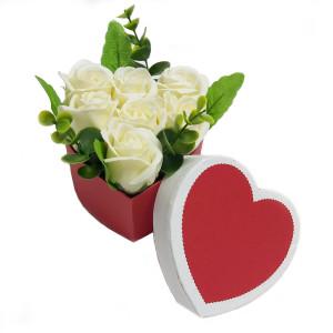 Aranjament Cadou Inimioara cu Flori de Sapun Parfumate DEC104