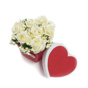 Aranjament Cadou Inimioara cu Flori de Sapun Parfumate DEC117