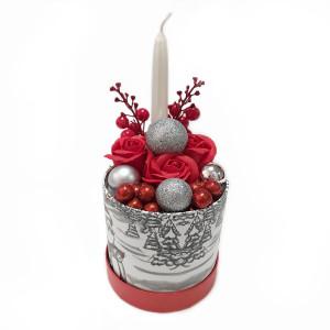 Aranjament Cadou Craciun cu Flori Parfumate de Sapun si Lumanare DEC149