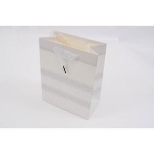 Punga cadouri cartonata 23x18x10 cm cu dantela si sclipici PNG023