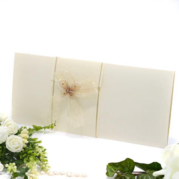 Invitatie de nunta eleganta crem cu fluturas 107011 TBZ