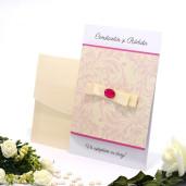 Invitatie de nunta cu funda crem si cristal roz 2107 TBZ