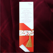Invitatie de nunta rosu cu auriu 115434 TBZ