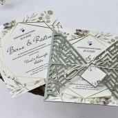 Invitatie de nunta cu frunze si fundita 1138 BUTIQLINE