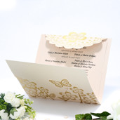 Invitatie de nunta crem florala cu fluturi tiparita auriu 115445 TBZ