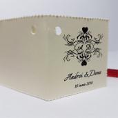 Eticheta - Card dublu perforat crem 15