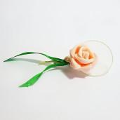 Cocarda cu trandafiri artificiali 02 piersica