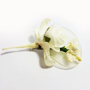 Cocarda cu trandafiri artificiali 03 ivory