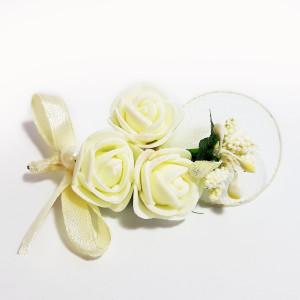 Cocarda cu trandafiri artificiali 05 ivory