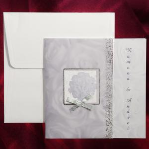 Invitatie de nunta cu trandafiri mov pal si fundita 101507 TBZ