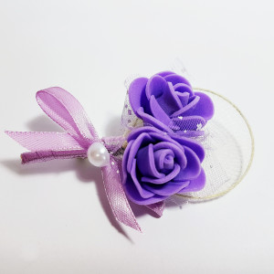 Cocarda cu trandafiri artificiali 03 mov dublu